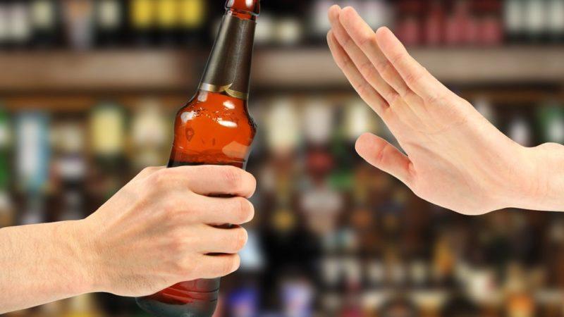 Come l'alcol danneggia il DNA e aumenta il rischio di cancro